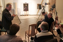 Lithuanian Art Museum photographer Antanas Lukšėnas speaks about flat objects photography. Photo by A. Valužis
