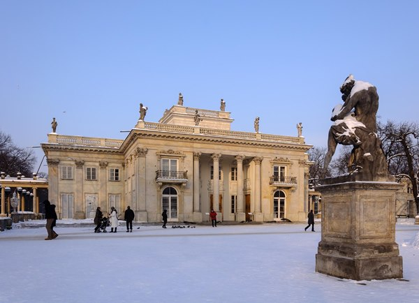 Example of Linked Heritage data now available in Europeana. Łazienki Królewskie (Royal Baths) in Warsaw, Palace on the Water, one of the most outstanding Neoclassical palaces in Poland, built in 1770 and commissioned by King Stanisław August Poniatowski. From project partner ICIMSS, Poland.