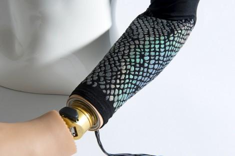 Artificial Skins and Bones / Visible Strength / Lisa Stohn and Jhu-Ting Yang / Fotocredit: Bernardo Aviles-Busch