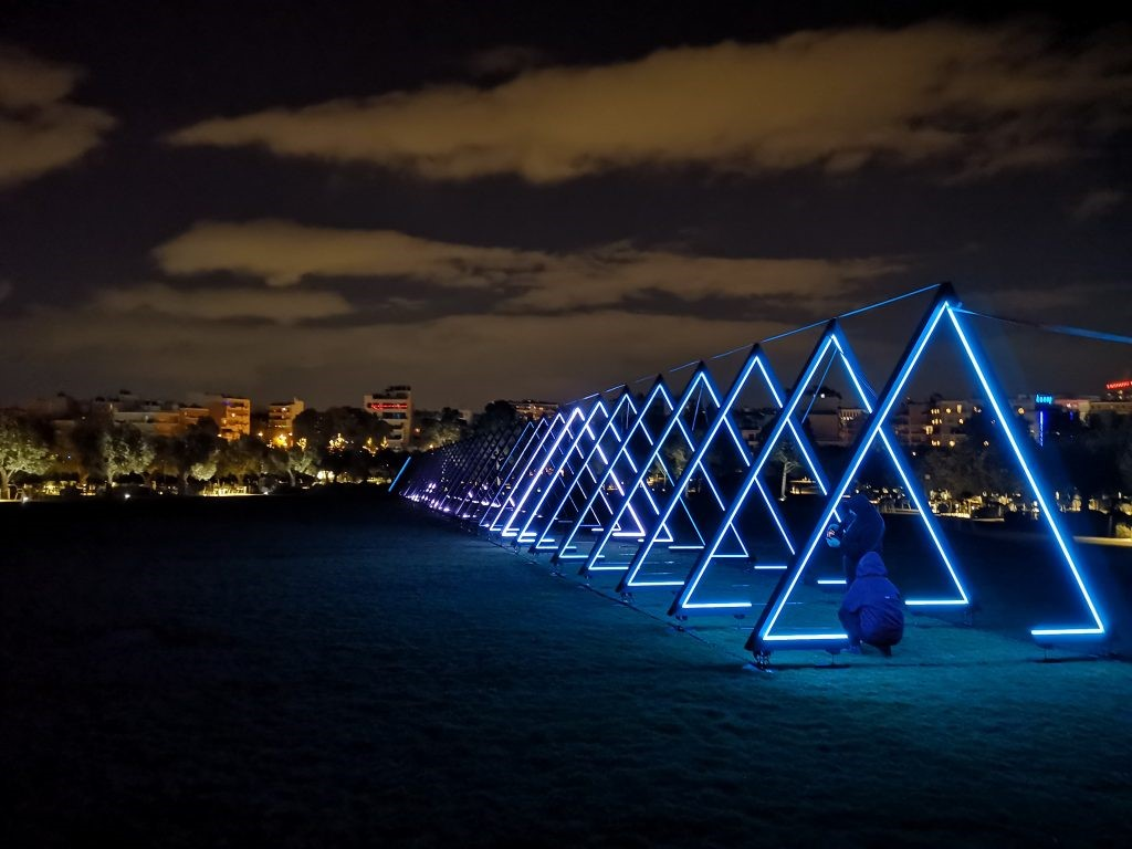 Luminous interactive installations at Stavros Niarchos Park in