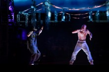 1952499-snoop-dogg-tupac-hologram-coachella-2012-617-409.jpg